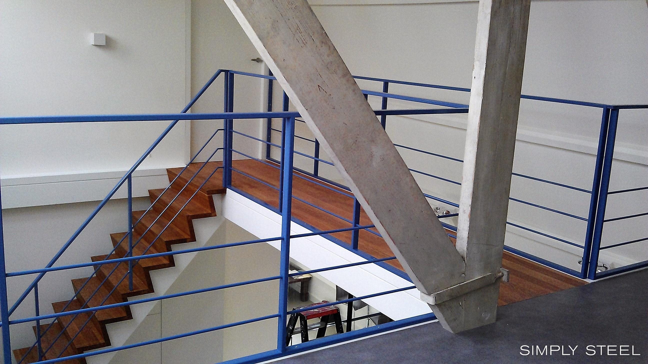 Stalen trappen en hekwerken simply steel
